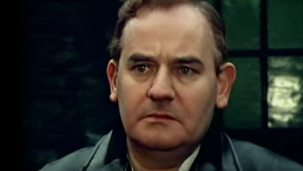 Ronnie Barker in Going Straight