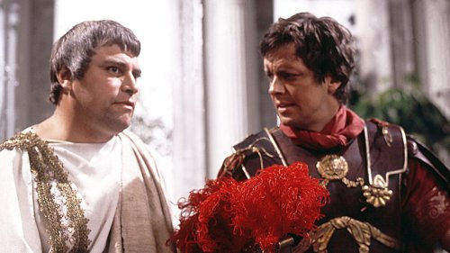 Brian Blessed and Ian Ogilvy in 'I, Claudius'