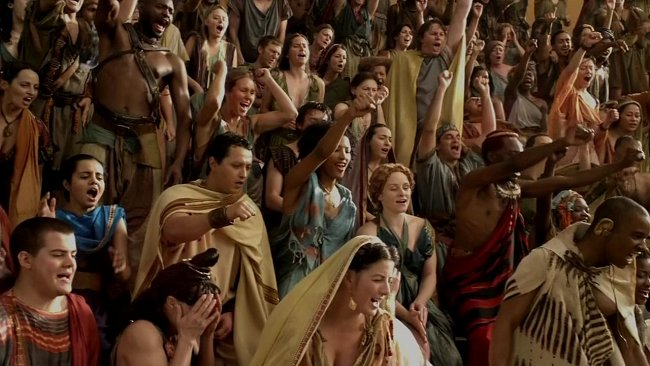 Spartacus Blood and Sand crowd scene