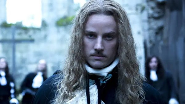 Versailles - Evan Williams
